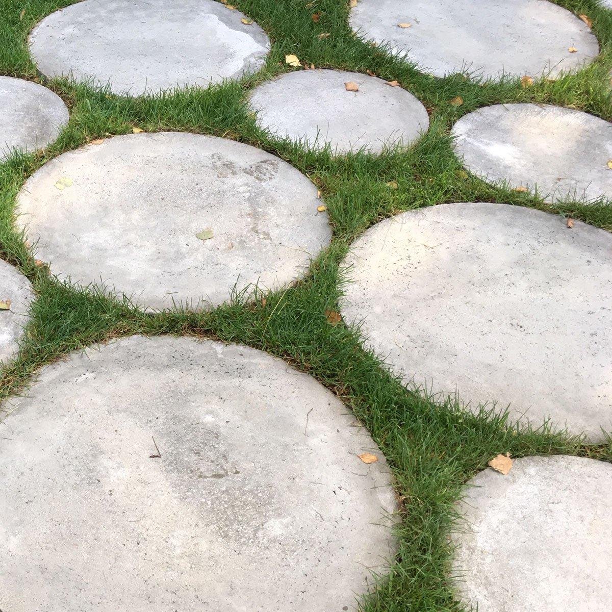 Runde fliser grå